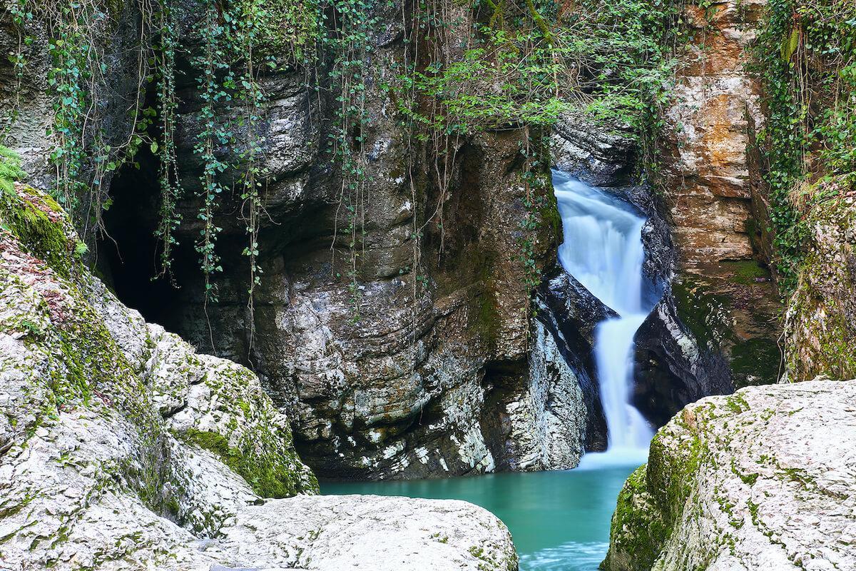 Гора Ахун и Агурское ущелье